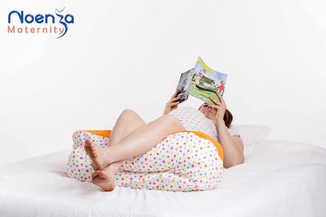 Coussin d'allaitement Noenza Maternity pour mieux dormir pendant la grossesse